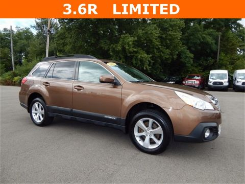 Pre-Owned 2013 Subaru Outback 3.6R